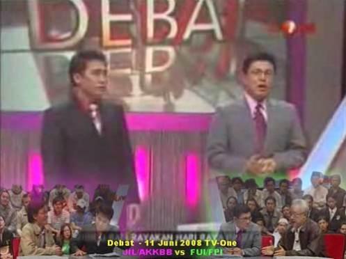 http://zeezaah.files.wordpress.com/2008/11/debat-ahmadiyah1.jpg